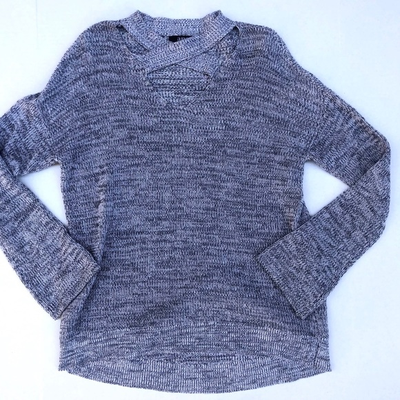a.n.a Sweaters - a.n.a Criss Cross V Neck Gray Marled Knit Sweater